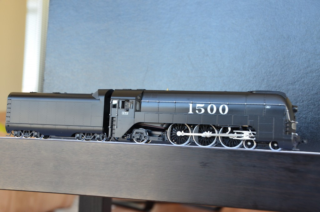 SL7 Streamlined Steam Locomotive HO-002/4