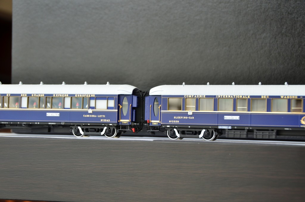 CIWL Type-LX Three-Sleeping Car Set<br/>HO-008
